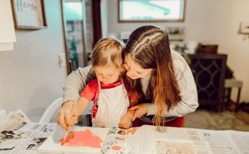 Fargo mom painting with toddler