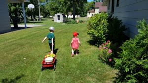 10 Must Haves For Outdoor Fun At Home Fargo Mom